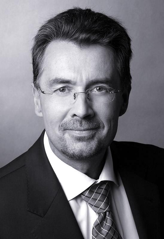 Dr. Andreas Herden